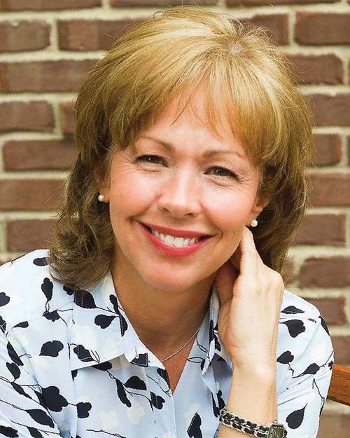 Carrie Cochran, REALTOR®/Broker, F. C. Tucker Company, Inc.