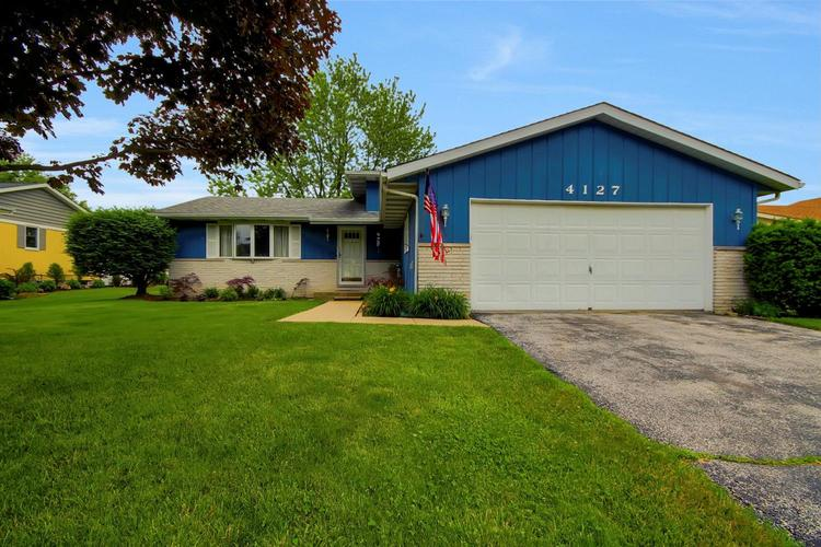 9433 Parkway Drive Highland, IN 46322 | MLS 457274 | photo 1