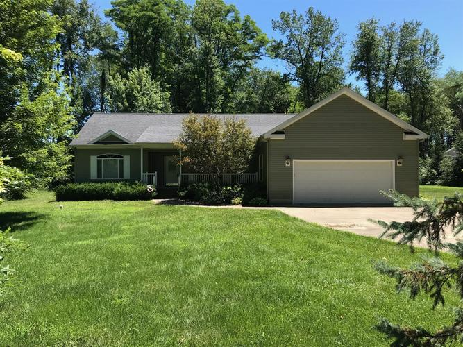 7607 N Chippewa Trail Rolling Prairie, IN 46371 | MLS 458664