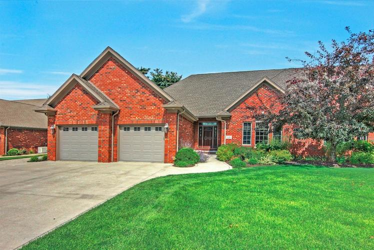 5578  Fountainview Drive Wheatfield, IN 46392 | MLS 440827