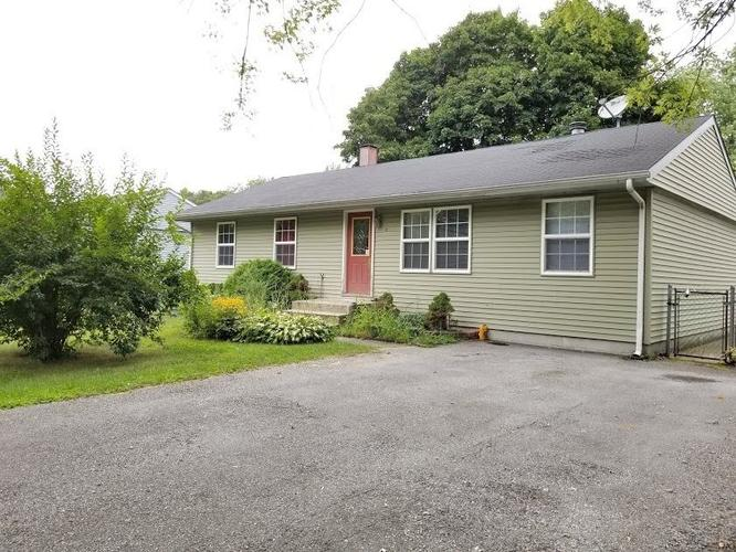 1102 W 39th Place Hobart IN 46342   MLS 441115   photo 1