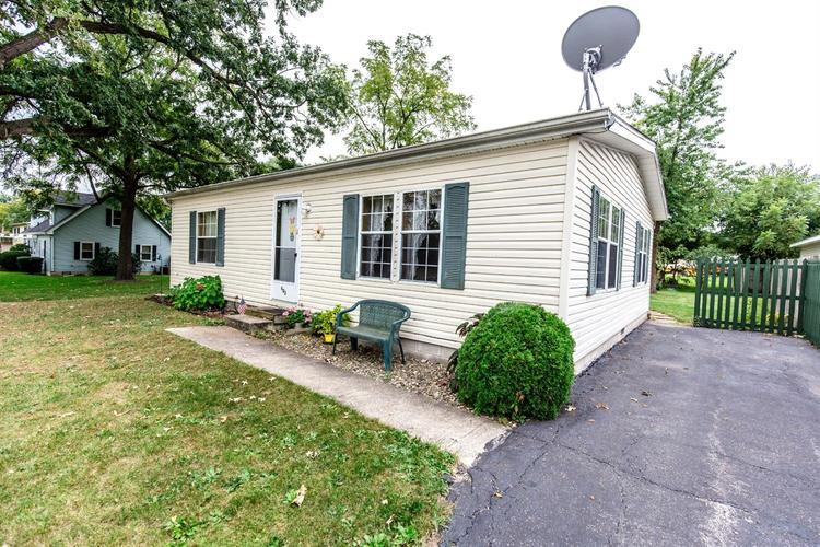 402 W Wilson Street Hebron, IN 46341 | MLS 443090