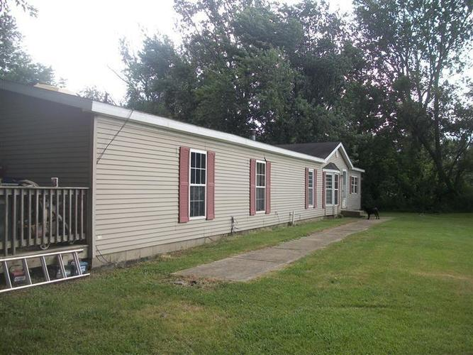 126 W Phillips Road Griffith, IN 46319 | MLS 445131