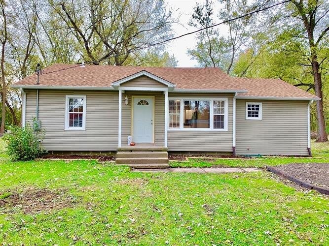 1301 S Cline Avenue Griffith, IN 46319 | MLS 444737