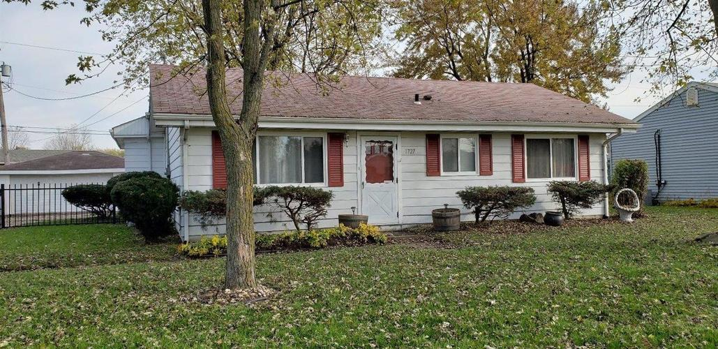 1727 N Indiana Street Griffith, IN 46319 | MLS 446177