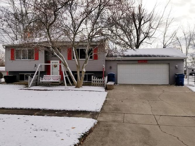 1612 Driftwood Drive Lowell, IN 46356 | MLS 446614 | photo 1