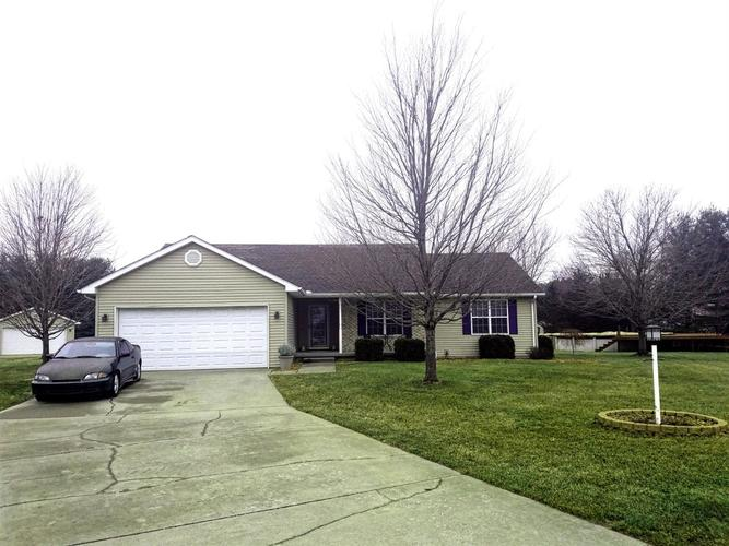 11398 N Pine Court Wheatfield, IN 46392 | MLS 447485