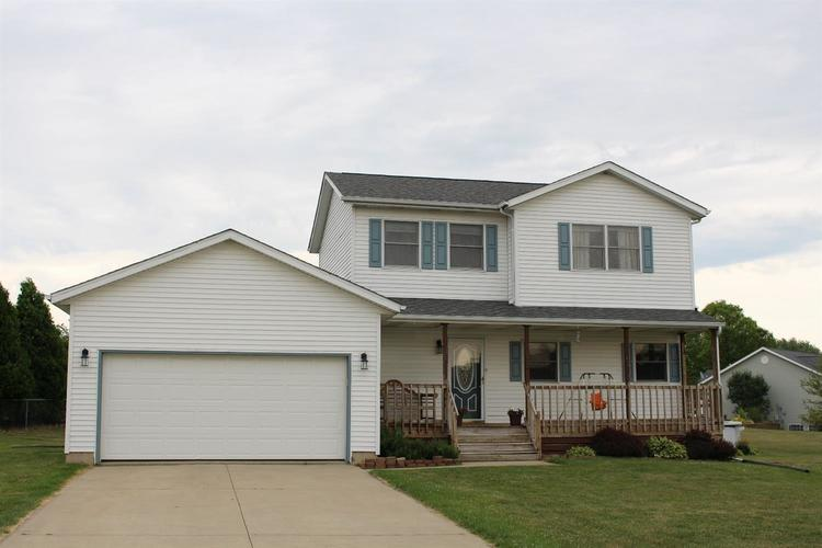 1611 N Crest View Drive LaPorte, IN 46350 | MLS 448647