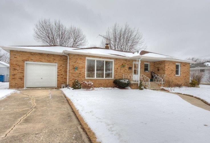 8348  5th Place Highland, IN 46322   MLS 448869