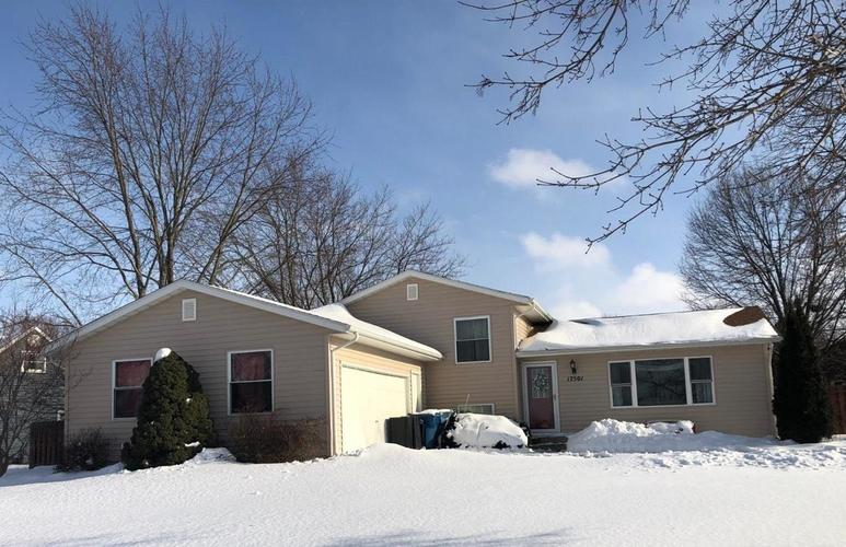 17501  Camelot Drive Lowell, IN 46356 | MLS 448921