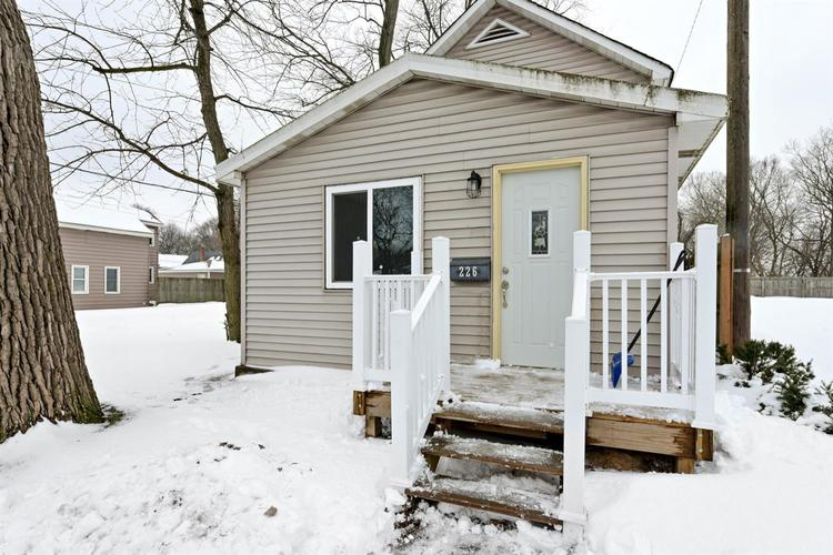 226 S Broad Street Griffith, IN 46319 | MLS 448891