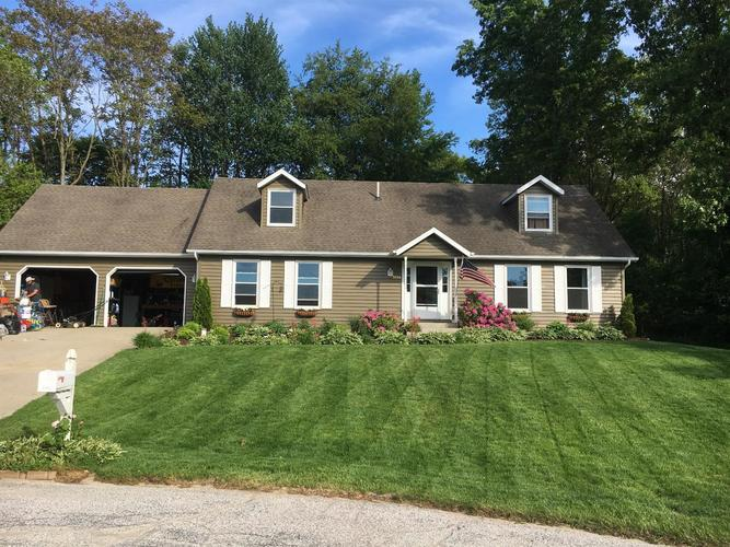 5554 W Lakeview Court LaPorte, IN 46350 | MLS 449343