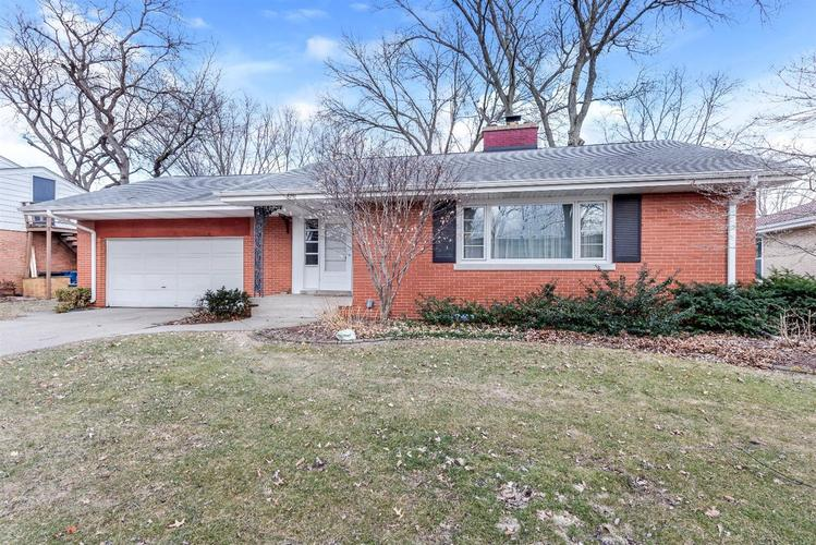 8751  Parkway Drive Highland, IN 46322 | MLS 450507