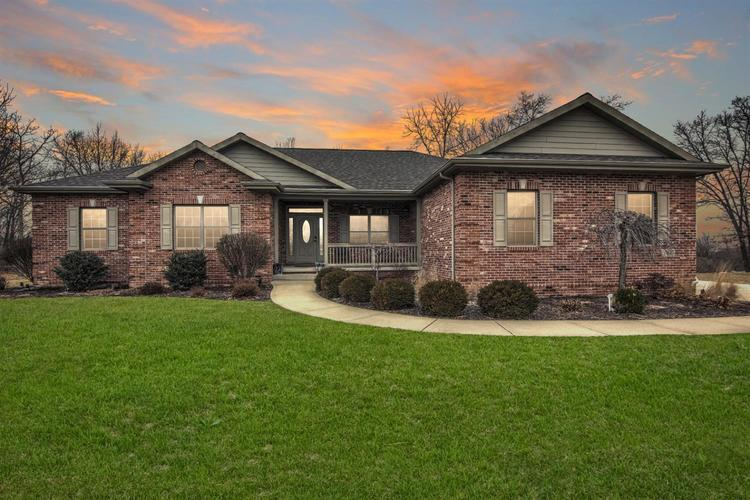 11440 Bell Place Crown Point, IN 46307 | MLS 450756 | photo 1