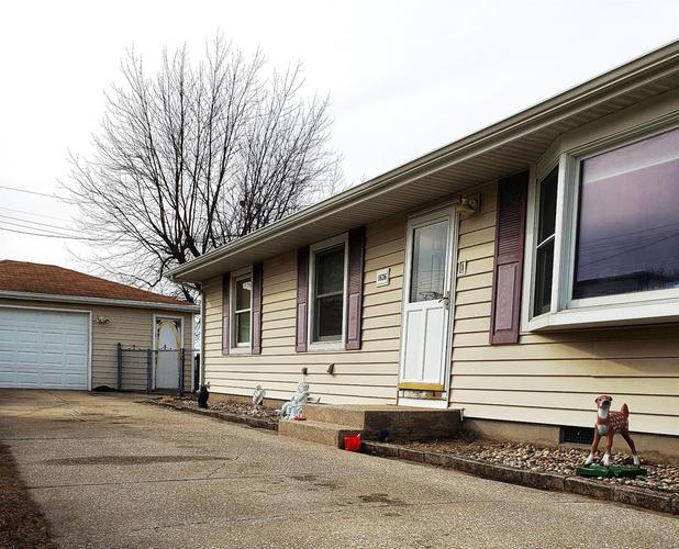 1636 N Indiana Street Griffith, IN 46319 | MLS 450901