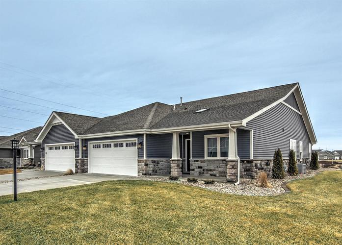 10319 Red Rock Place #B Dyer, IN 46311 | MLS 451690 | photo 1
