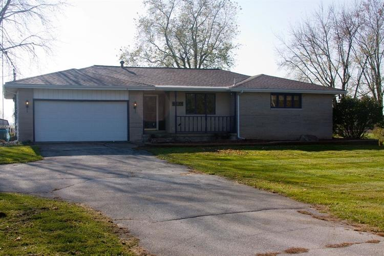 522 W State Road 8  Hebron, IN 46341 | MLS 452074