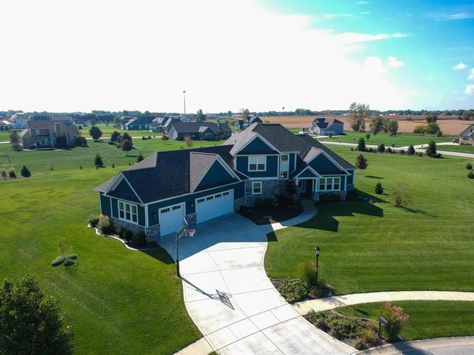 377  Lewis Court Valparaiso, IN 46383 | MLS 452970