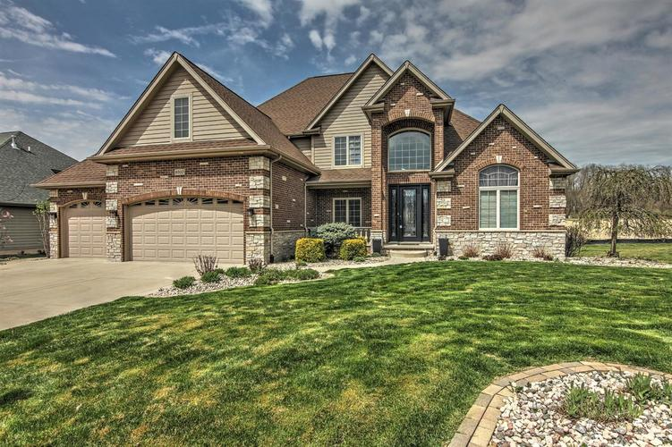 9310  Doubletree Drive Crown Point, IN 46307 | MLS 453543