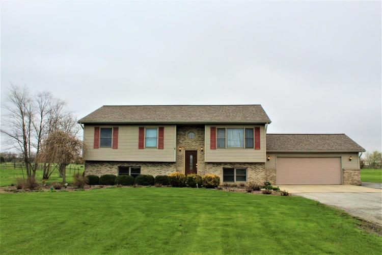 301 S 725  Hebron, IN 46341 | MLS 452725