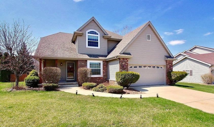 975  Driftwood Trail Crown Point, IN 46307 | MLS 454015