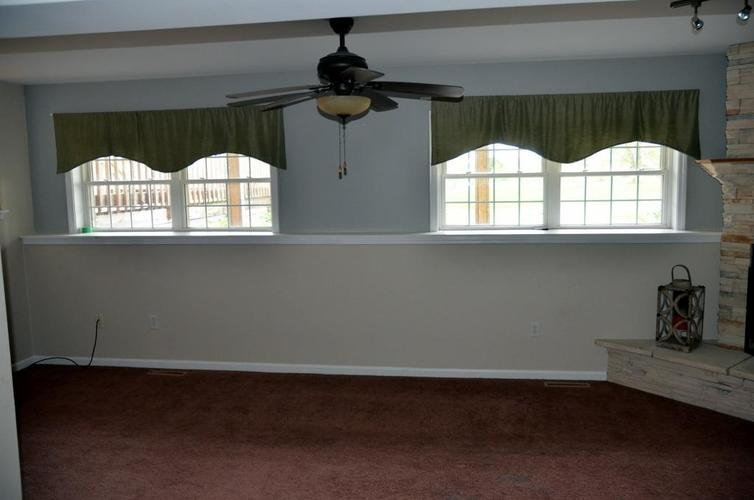 10227 New Hampshire Street Crown Point, IN 46307 | MLS 454444 | photo 12