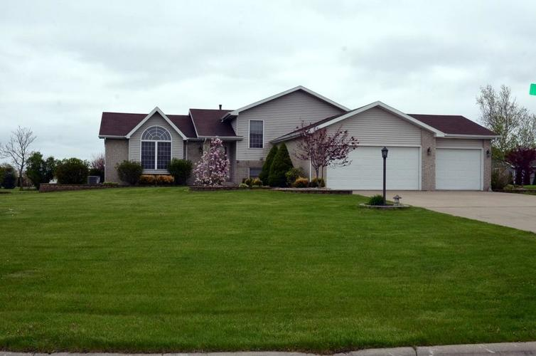 10227 New Hampshire Street Crown Point, IN 46307 | MLS 454444 | photo 2