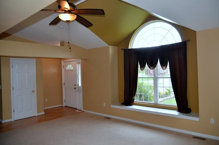 10227 New Hampshire Street Crown Point, IN 46307 | MLS 454444 | photo 5
