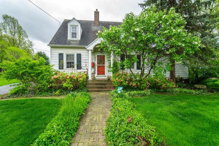 701 E South Street Crown Point, IN 46307 | MLS 454614