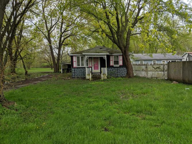 134  James Road Griffith, IN 46319 | MLS 454869