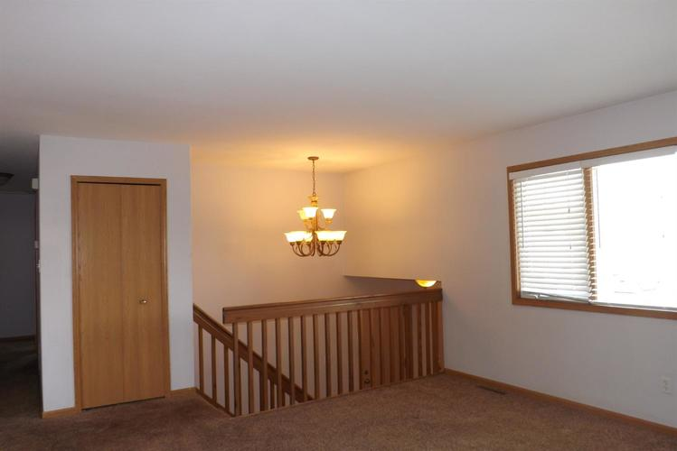 3660 Mansfield Street Portage, IN 46368 | MLS 454917 | photo 2