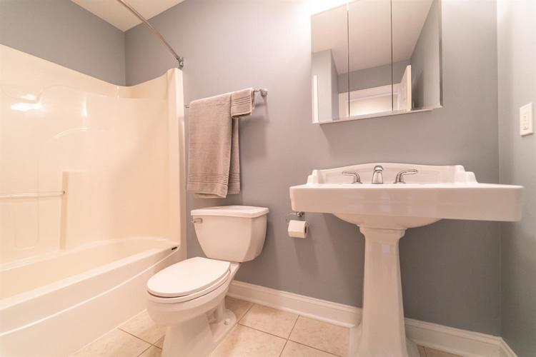 304 E 127th Place Crown Point, IN 46307 | MLS 455059 | photo 28
