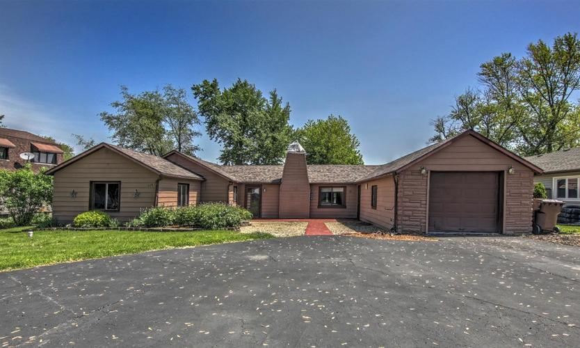 319 W Lakeview Drive Lowell, IN 46356 | MLS 455315