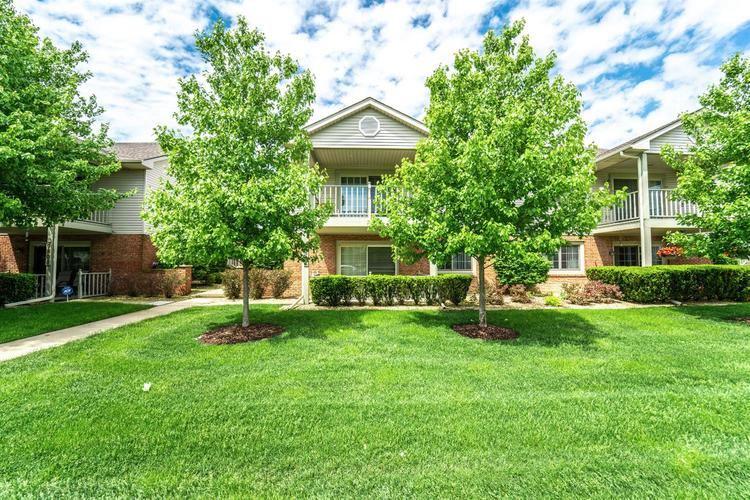 9806  Parkway Drive Highland, IN 46322 | MLS 455755