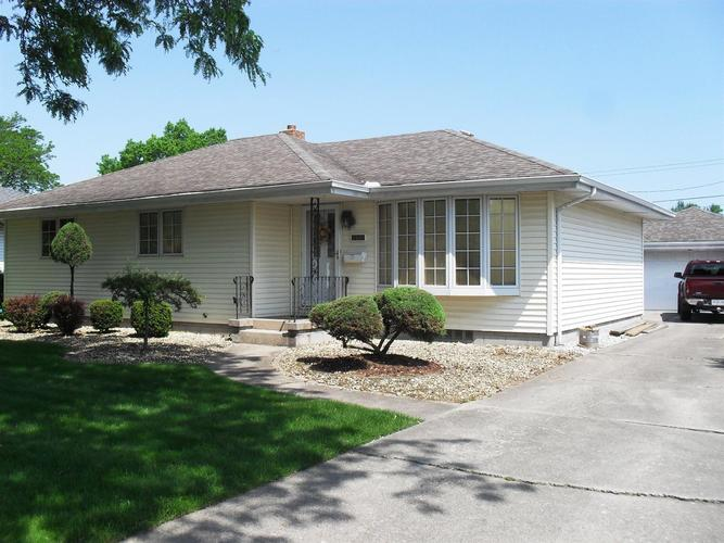 3541  43rd Place Highland, IN 46322 | MLS 456103