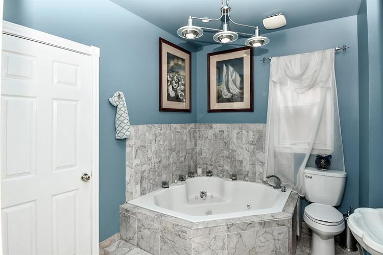 1233 W Fred Street Whiting, IN 46394 | MLS 456278 | photo 17