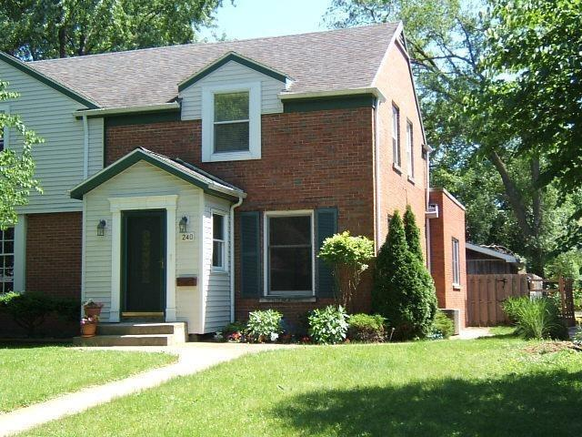 240  Beacon Place Munster, IN 46321   MLS 456501