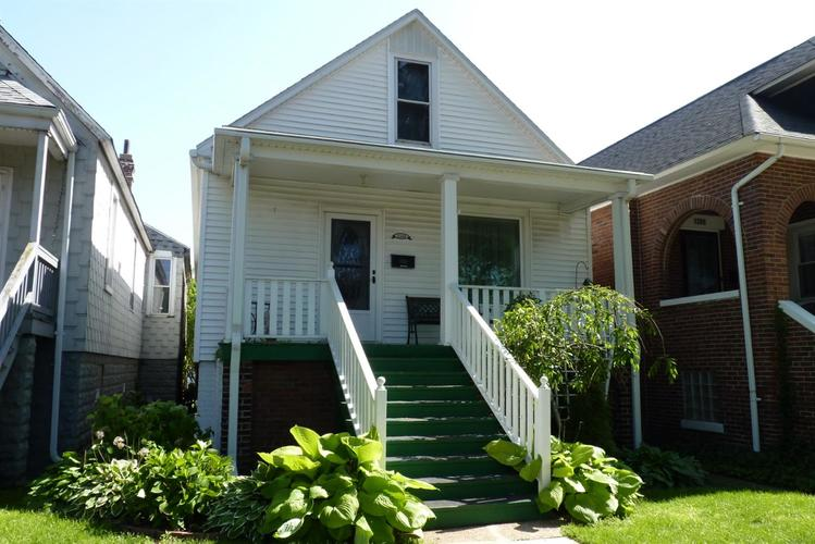 1208 W Fred Street Whiting, IN 46394 | MLS 456485