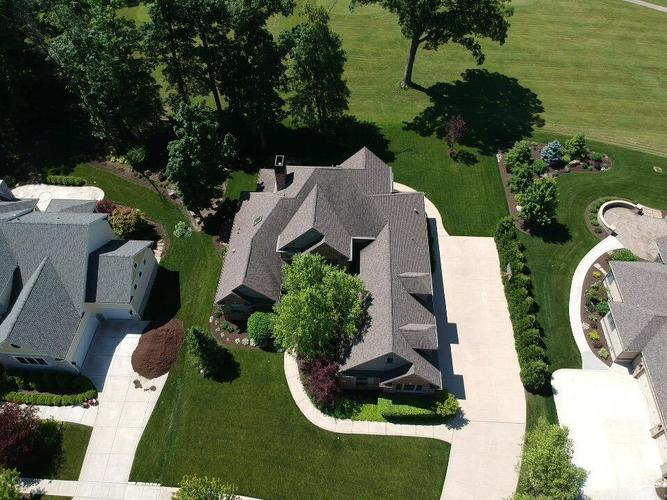 274 Turnberry Drive Valparaiso, IN 46385 | MLS 456658 | photo 1