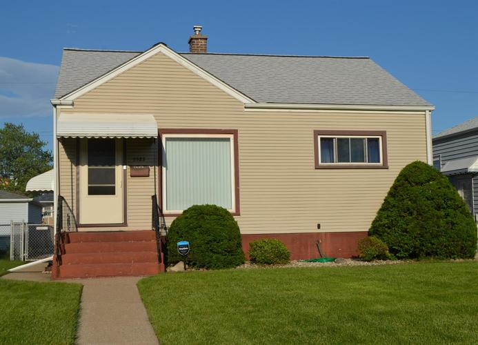 5523 Homerlee Avenue East Chicago, IN 46312 | MLS 456711 | photo 1