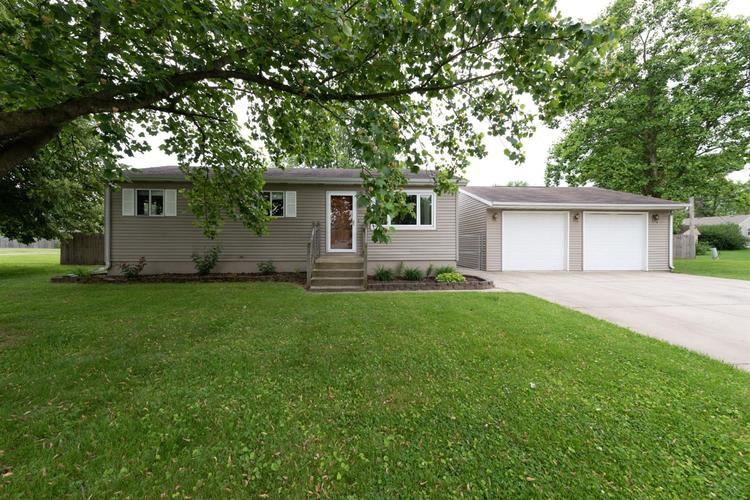 1520 Driftwood Drive Lowell, IN 46356   MLS 456556   photo 1