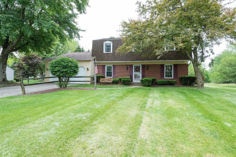 306  Salem Court Valparaiso, IN 46383 | MLS 456559