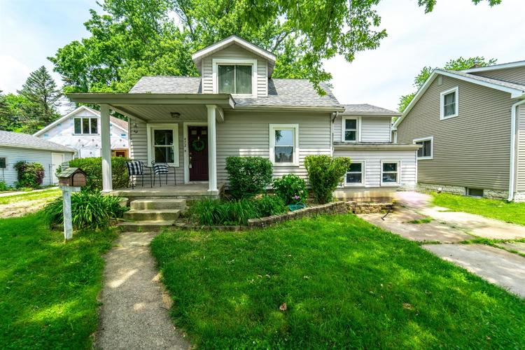 472 Grove Avenue Valparaiso, IN 46385 | MLS 456767 | photo 1