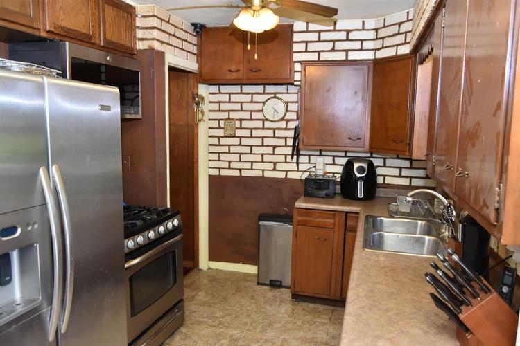 1628 W 21st Avenue Gary, IN 46404 | MLS 457561 | photo 8