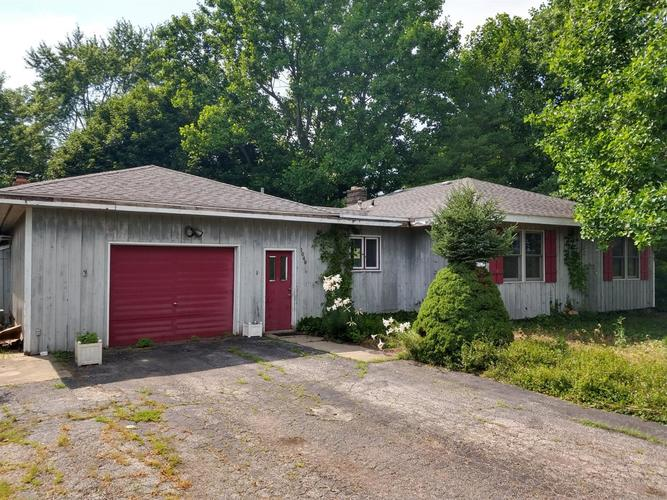 1040 N Old State Road 49 Chesterton IN 46304 | MLS 458504 | photo 1