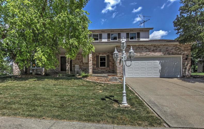 1014  Greenview Drive Crown Point, IN 46307 | MLS 458368