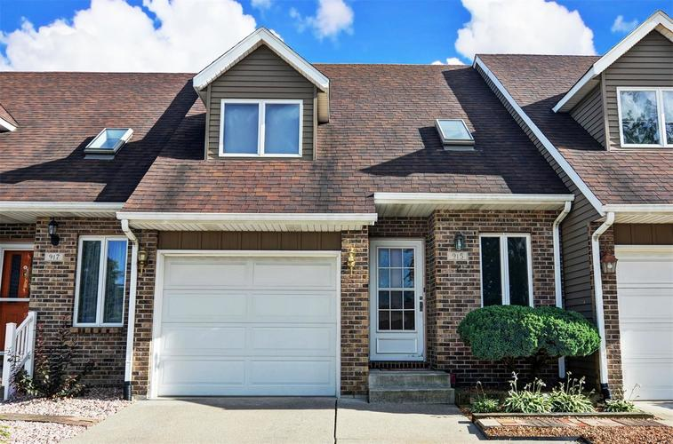 915 High Meadow Drive Crown Point IN 46307 | MLS 458956 | photo 1