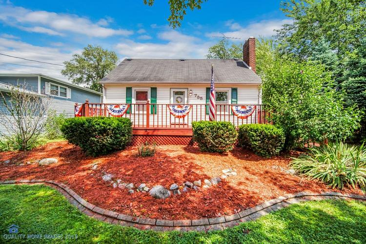 735 N Cline Avenue Griffith, IN 46319 | MLS 458996