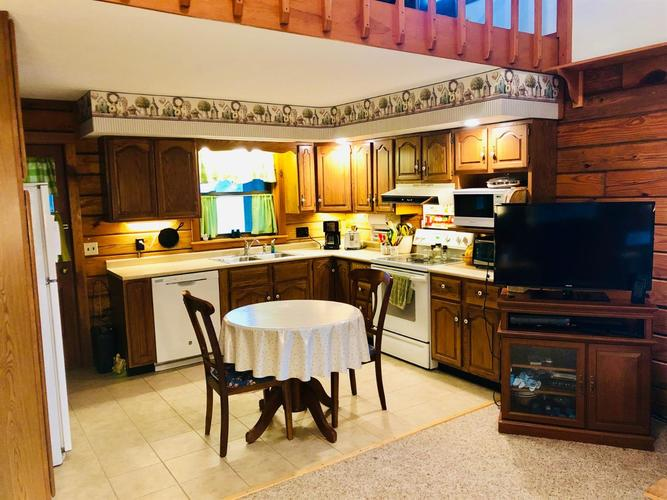 2834 S State Road 39 Francesville, IN 47946 | MLS 459444 | photo 21