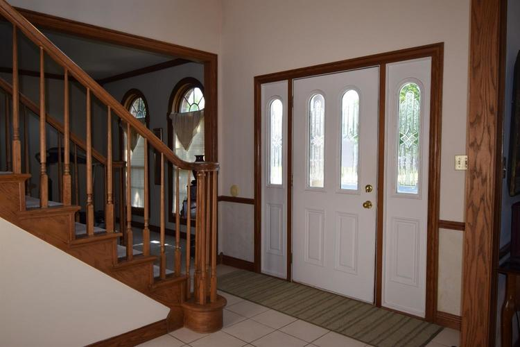 2205 Red River Drive Schererville, IN 46375 | MLS 459725 | photo 2